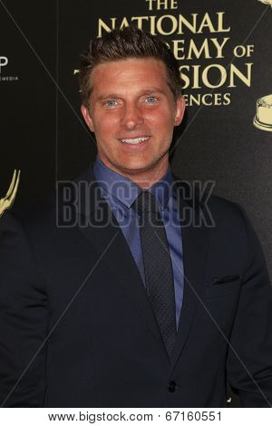 BEVERLY HILLS - JUN 22: Steve Burton at The 41st Annual Daytime Emmy Awards Press Room at The Beverly Hilton Hotel on June 22, 2014 in Beverly Hills, California