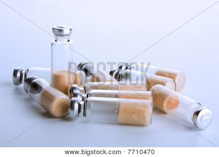 Tubos de ensaio selado com bactérias