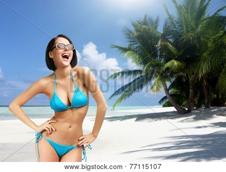 Girl on vacation, Indian ocean. Concept of summer holidays and traveling