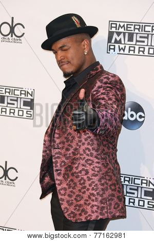 LOS ANGELES - NOV 23:  Ne-Yo at the 2014 American Music Awards - Press Room at the Nokia Theater on November 23, 2014 in Los Angeles, CA
