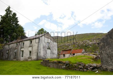 Old Abandoned Kerry Farmhouse
