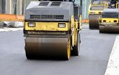 image of paving  - Street paving with rollers and paving machines  - JPG