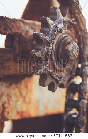 Dirty Old Gear And Chain