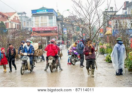 Misty day at the market in Sapa, Vietnam