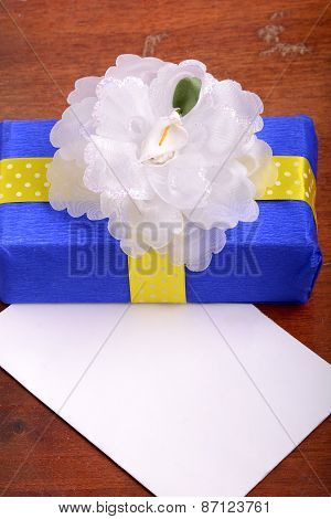 Holiday Gift Box With Bow