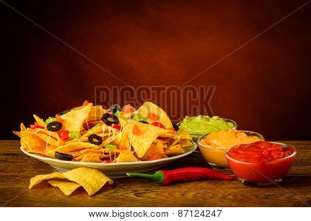 Tortilla Chips With Dip