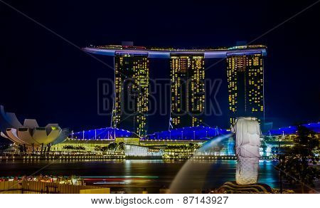 Marina Bay Sands And Merlion