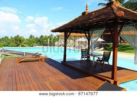 Gazebo by the pool in Hotel Saman Villas