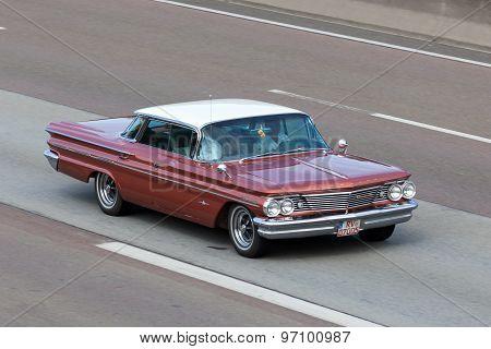 Pontiac Bonneville Sport Coupe