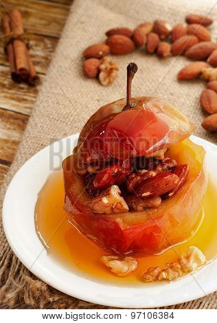 Baked Apple With Nuts