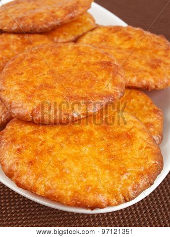 Biscuits With Honey And Cinnamon