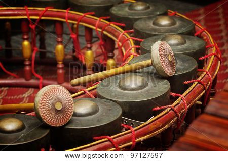 Thai Musical Instrument ,gong Instrument For Rhythm( Select Focus At Drumstick )