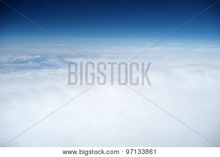 Wonderful Sky And White Clouds