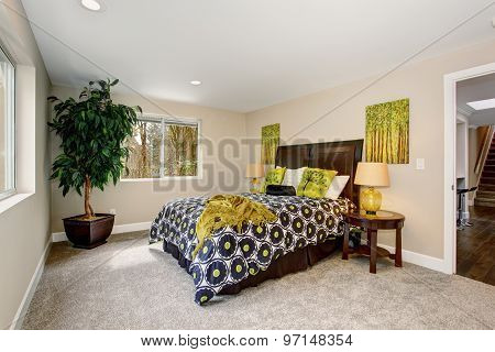 Large Bedroom With Green Spring Theme.