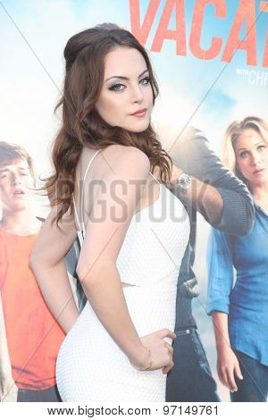 LOS ANGELES - JUL 27:  Elizabeth Gillies at the