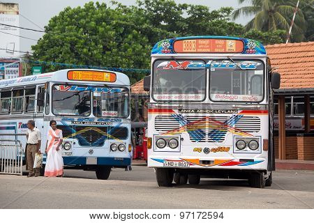 Regular public bus from Hikkaduwa to Galle. Buses are the most widespread public transport type in S