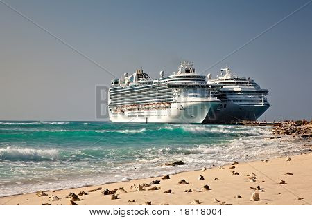 Cruise Ships In Grand Turk Islands