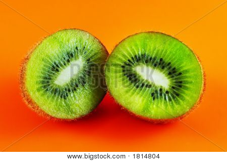Sliced Open Kiwi