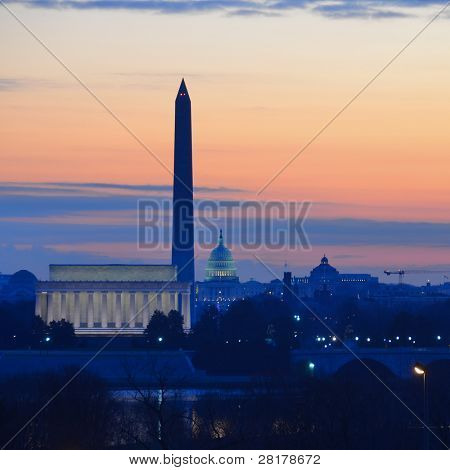 Washington DC uitzicht op de stad in sunrise, waaronder Lincoln Memorial, Monument en Capitol building