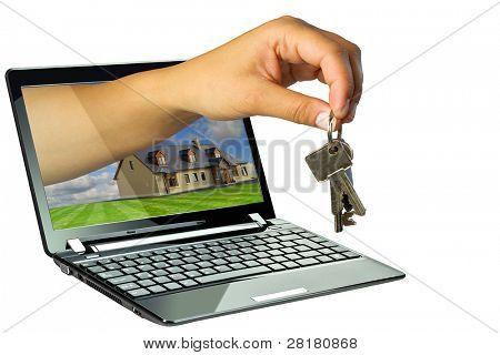 Schwarzer Laptop mit 3d Aushaendigen Schlüssel zu neuen Haus