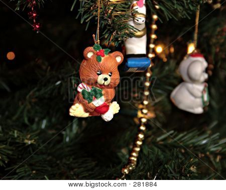 Cute Bear Ornament Levels