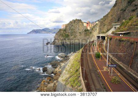 Coastal Railway, Italy