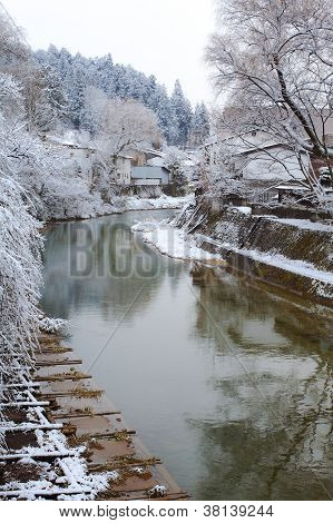 Miyagawa river that runs through Hida - Takayama in winter