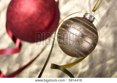 Christmas Ball Background