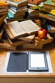 pic of untidiness  - Ebook and old books on the table - JPG