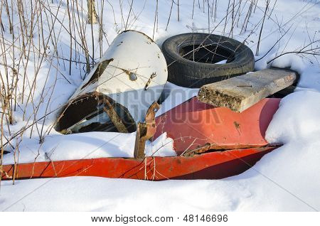 Metal And Rubber Pollution On Winter Snow
