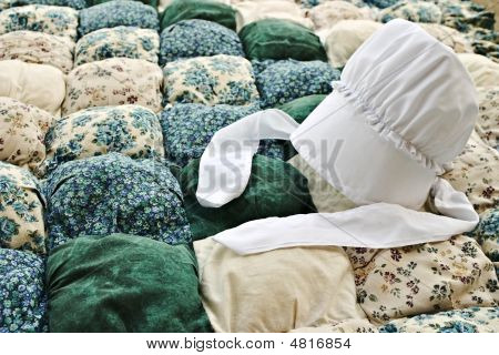 Amish Bonnet