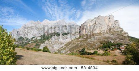 Panoramic Of Posada De Valdeon