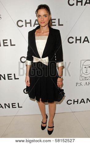 Amanda Peet at the Chanel and P.S. Arts Party. Chanel Beverly Hills Boutique, Beverly Hills, CA. 09-20-07