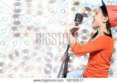 Karaoke hip-hop star