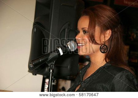 Kimberley Locke  making an In-Store appearance to promote her new CD