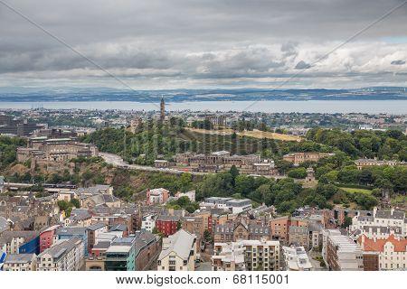 Wide view of Carlton hill in Edinburgh