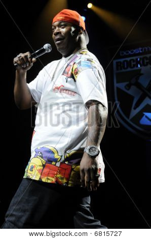 Busta Rhymes performing live.