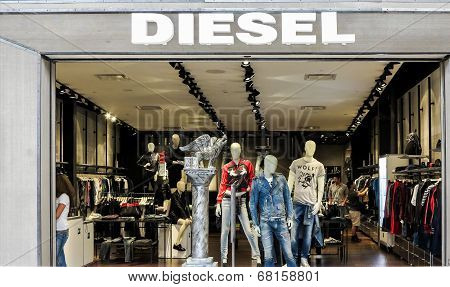 Diesel shop, Denver, USA