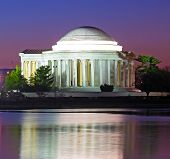 foto of thomas jefferson memorial  - Thomas Jefferson Memorial at predawn in spring - JPG