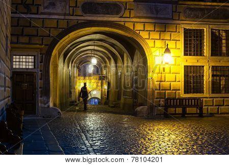 Cesky Krumlov Castle Courtyard Passage