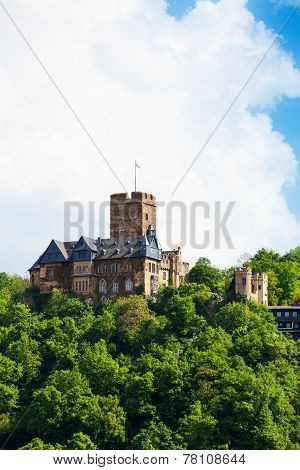 Beautiful Burg Lahneck castle in green forest