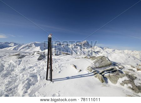 Tour Ski On The Summit