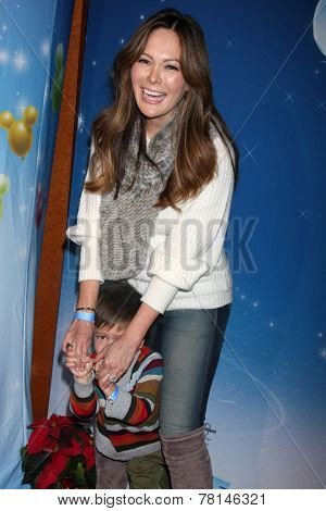 LOS ANGELES - DEC 11:  Lindsay Price, Hudson Stone at the