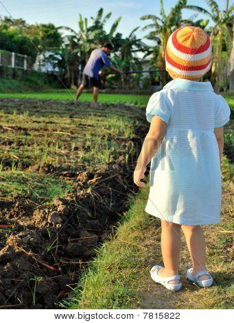 child in the farm