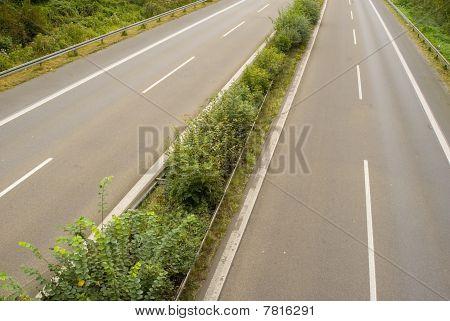 Two Lane Expressway