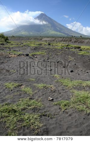 Mount Mayon Volcano Philippines