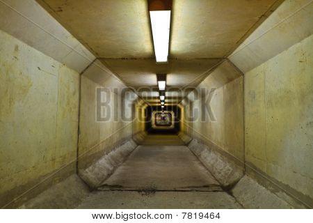 Penatgon Tunnel