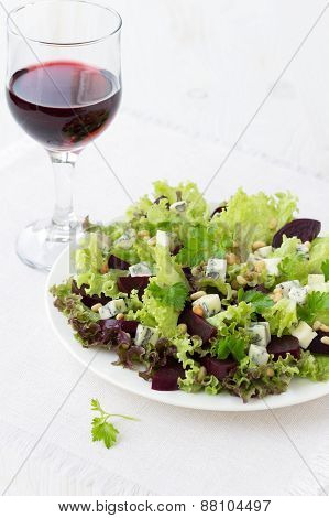 Beetroot salad with blue cheese and pine nuts