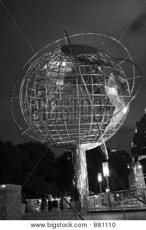 59Th Street Globe