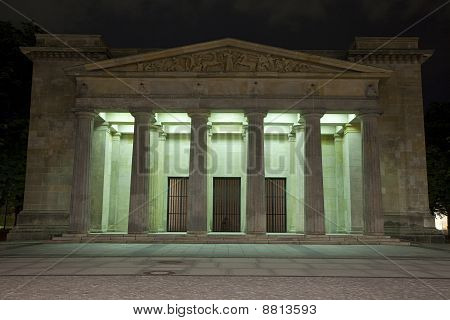 Neue Wache (Memorial To All War Victims) - Berlin